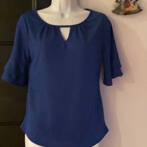 Blue short-sleeved blouse